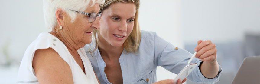 Zawód opiekunka osób starszych dla bezrobotnych Łodzianek w wieku 40+