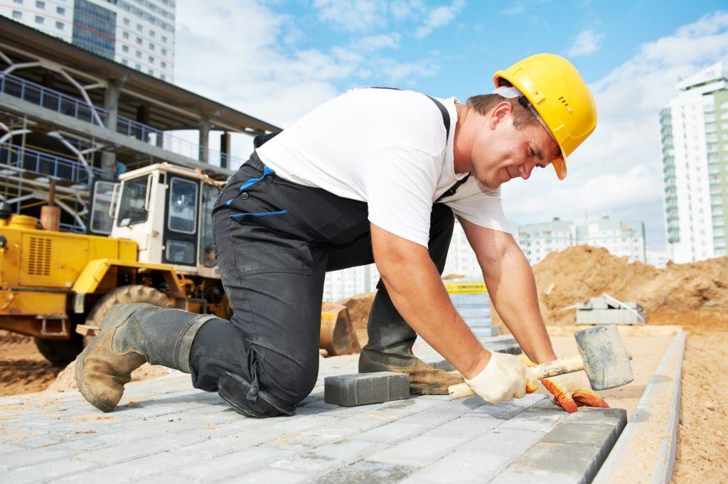Wciąż mało zmian w przepisach o zatrudnianiu cudzoziemców